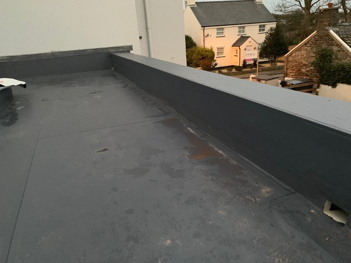 single ply roof on Globe Hotel extension