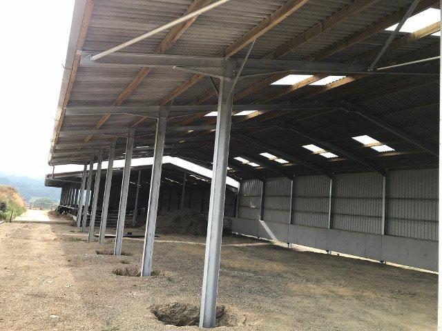 Open fronted steel framed agricultural building